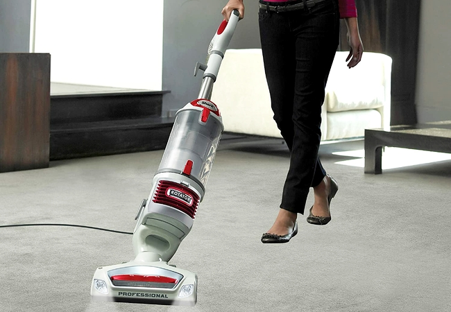 Shark Rotator NV501 Professional Bagless Upright Vacuum