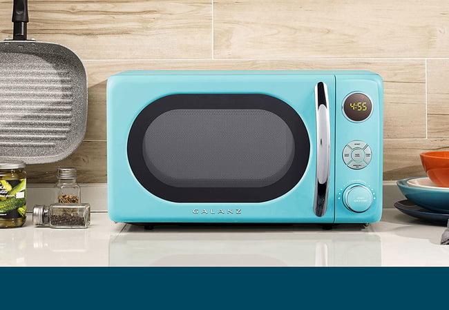 Galanz GLCMKA07BER-07 Retro Microwave Oven